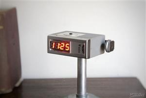 Vintage Flash Clock