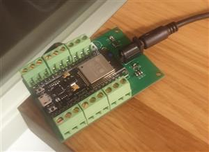 ESP32 WS2812b Breakoutboard
