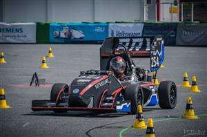 FORMULA STUDENT COMBUSTION CAR