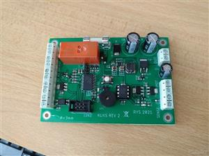Access control with battery managment