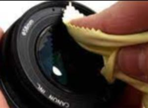 Automatic Lens Cleaner
